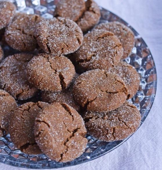 Quinoa Gingersnap Biscuits