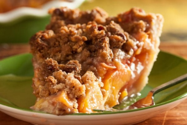 Peach Pie with Pecan Streusel