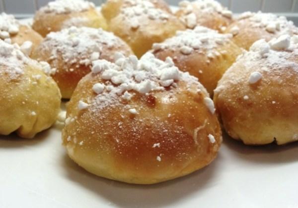 Lemon Meringue Pie Baked Doughnuts