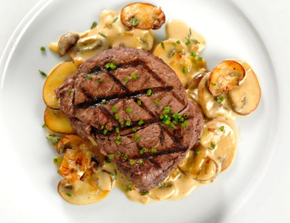 Grilled Filet Mignon with Brandy Mustard Sauce