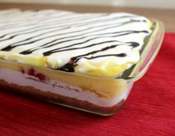 Layered Banana Split