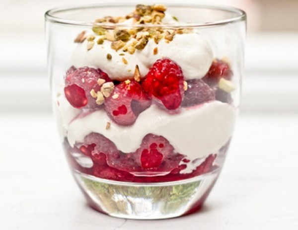 Raspberries in Cream Dessert Cups