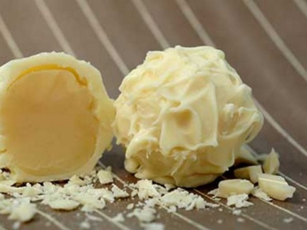 White Chocolate Coconut Ganache Truffles