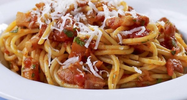 Linguine With Cherry Tomatoes, Pancetta And White Wine