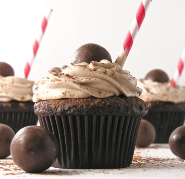 Malted Chocolate Milkshake Cupcakes!