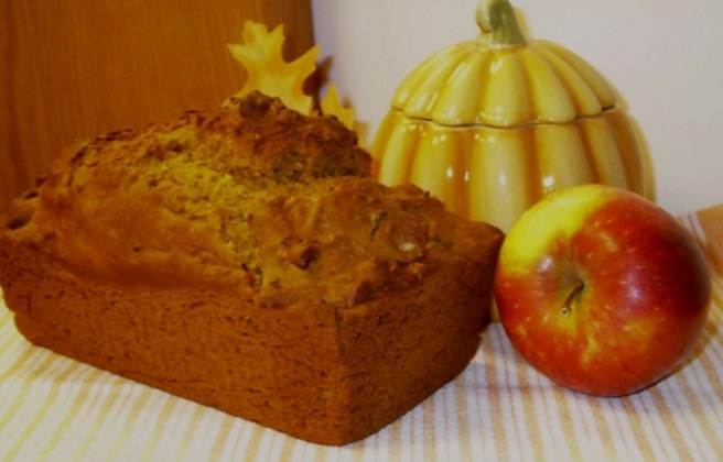 Pumpkin & Apple Mulled Cider Bread