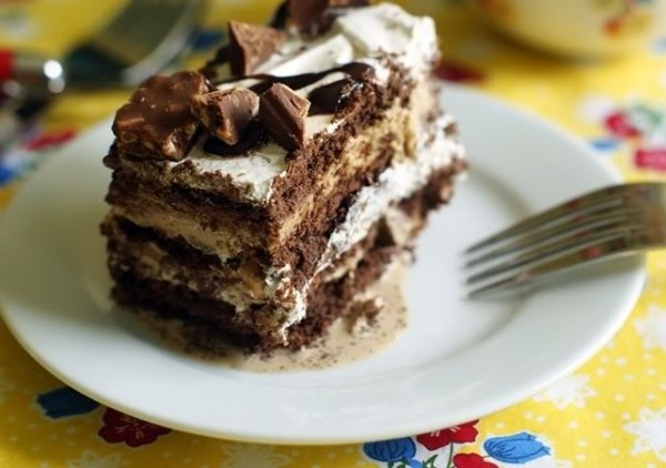 Coffee Ice Cream Dream Cake