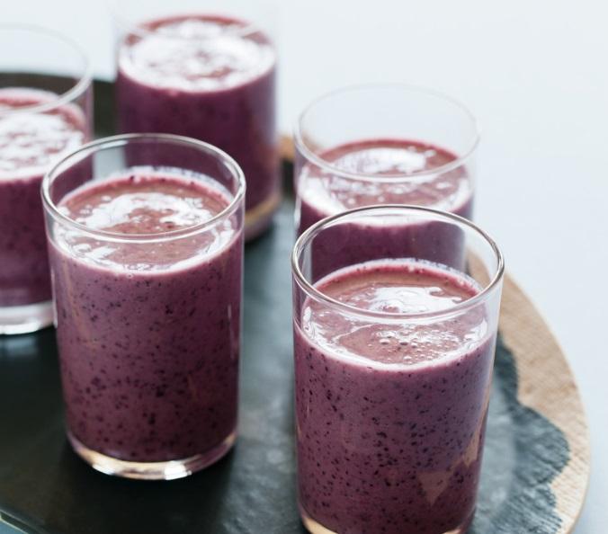 Blueberry & Banana Buttermilk Smoothie