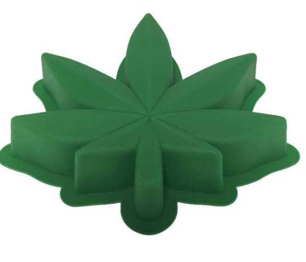 Marijuana Leaf Cake Pan