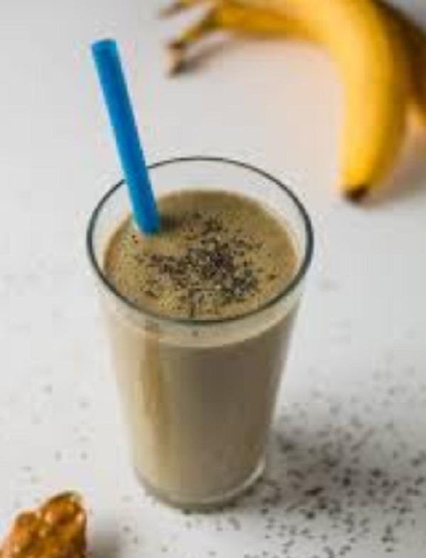 Peanut Butter & Banana Chia Protein Shake
