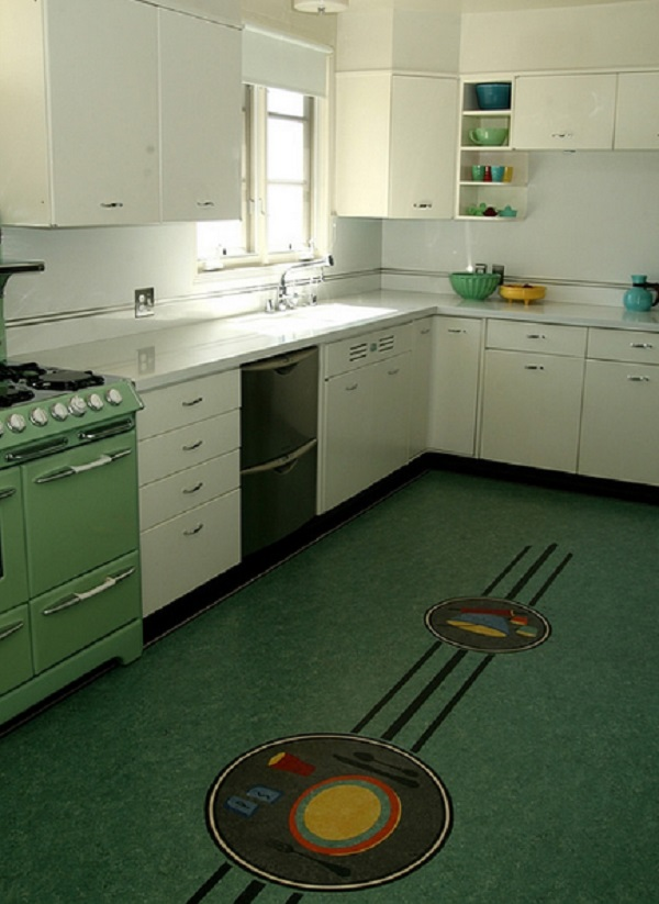 Dinner Plate Kitchen Floor Design