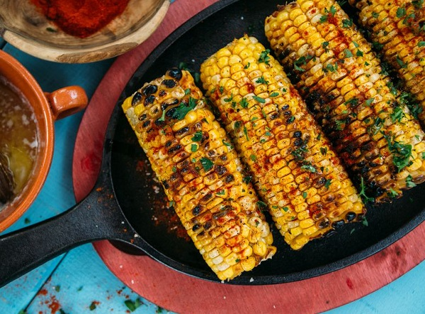 Sweetened Chipotle-Garlic Corn on the Cob