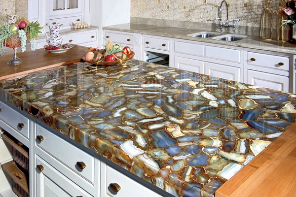Kitchen Worktops Made With Quartz Rocks