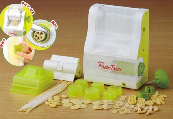 Takara Tomy Pasta Maker