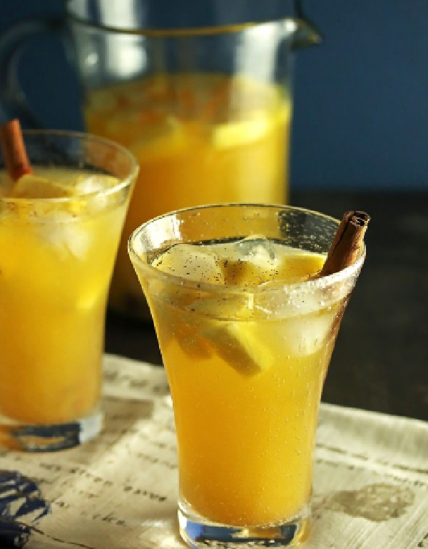 Pineapple Sangria with Cinnamon