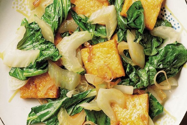 Stir-Fried Bok Choy with Tofu