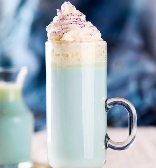 Elsa White Hot Chocolate