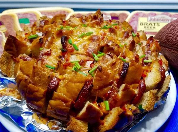 Cheesy Sausage Pull-Apart Bread