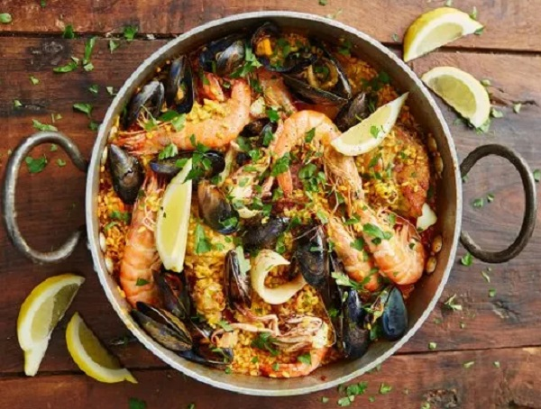 Chicken Seafood Paella
