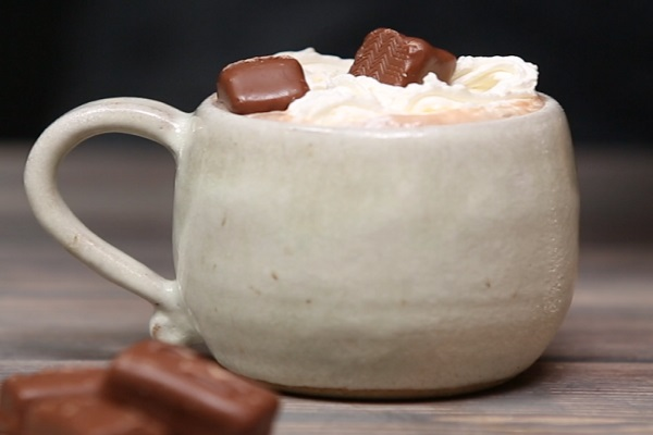 Mars Bar Hot Chocolate