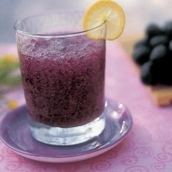 Carrot and Black Grape Juice