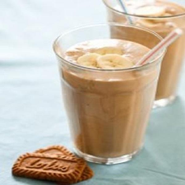 Lotus Biscoff Biscuit Banana Milkshake