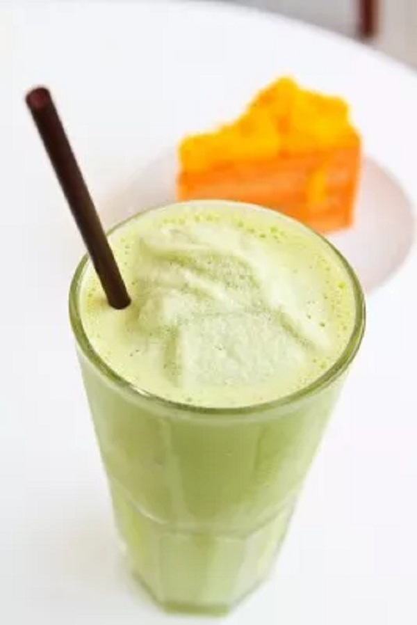 Cabbage and Orange Smoothie