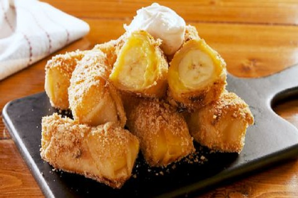 Banana Pudding Egg Rolls
