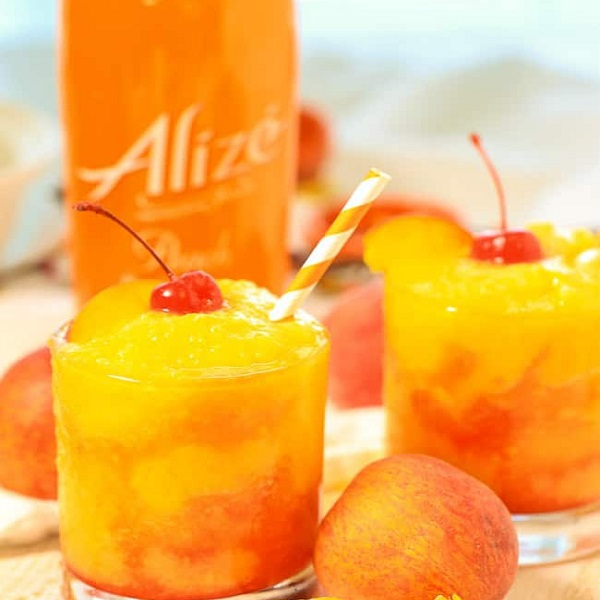 Peach Champagne Frozen Cocktail