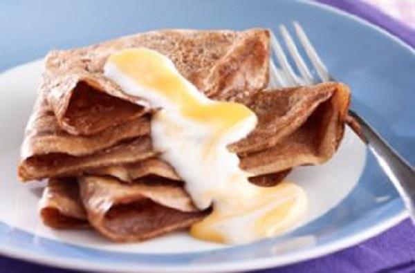 Cadbury Creme Egg chocolate pancakes