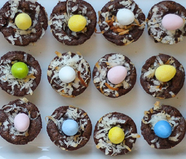 Mini Easter Brownie Nests