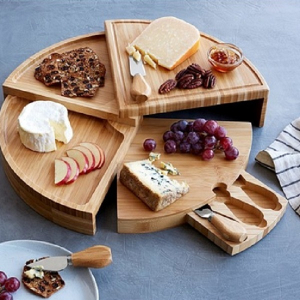 Compact Swivel Wheel Cheese Board With Knives