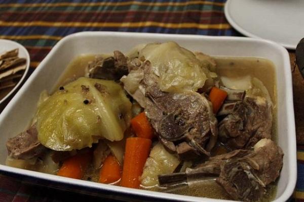 Traditional Fårikål
