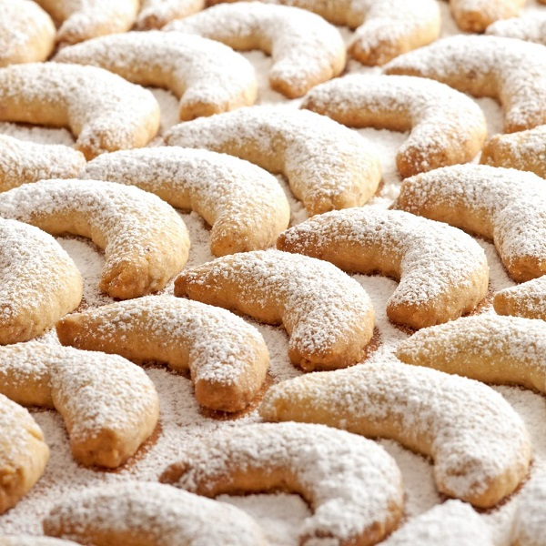 Traditional Austrian Vanillekipferl (Cookies)