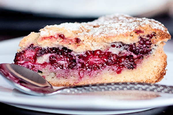 Croatian Blackberry Pie