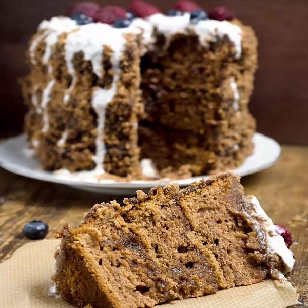 Traditional Dutch Spekkoek (Layered Spice Cake)