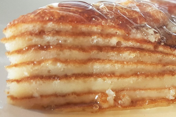 Traditional Albanian Flija (Layered Pancakes)