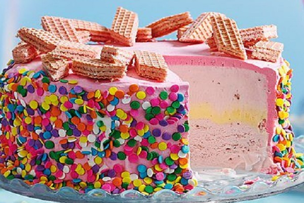 Ten Amazing Recipes You Can Make With a Pack of Pink Wafers