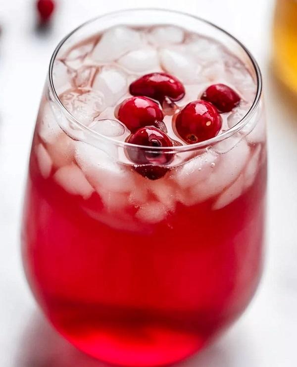 Cranberry & Apple Detox Drink