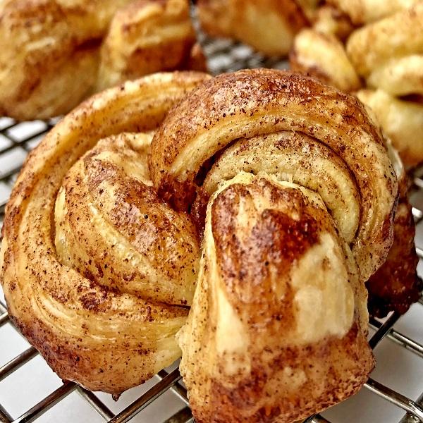 Speedy cinnamon Savoury Knots