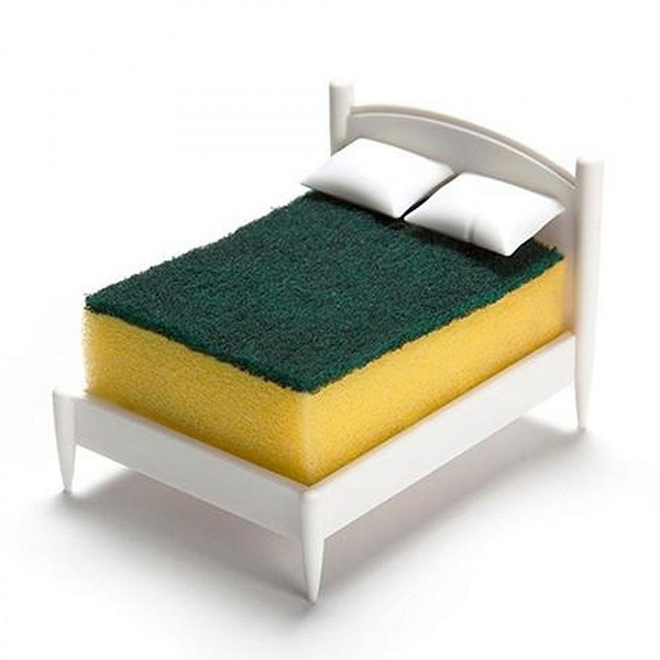 Clean Dreams Sponge Holder by Red Candy