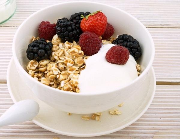 Greek Yoghurt/Natural Plain Yoghurt