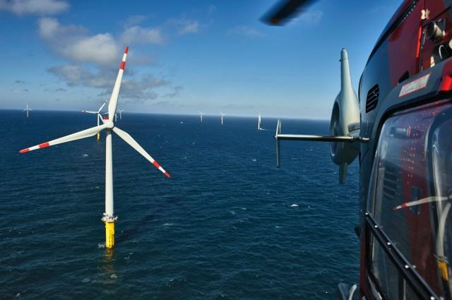 Offshore-Windpark Borkum West in der Nordsee Borkum West offshore wind farm in the North Sea Anlagen/turbines: 40 x Adwen AD 5-116 13.8.2015