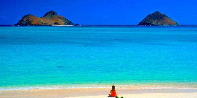 stranden laniki beach - TOP 10 MOST BEAUTIFUL BEACHES OF THE WORLD