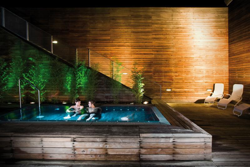 Liquidrom  Day Spas for Relaxing  top10berlin