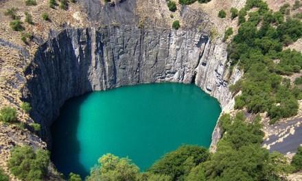 Los 10 agujeros naturales más impresionantes del mundo