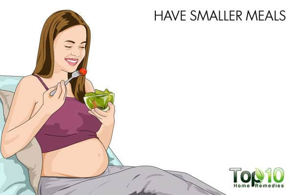 smaller meals for gas during pregnancy