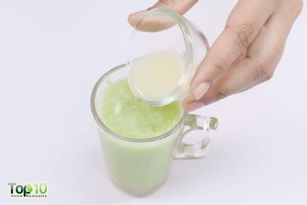add lemon juice to bitter gourd juice