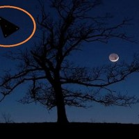 Large Triangle UFO Sighting Over North Carolina