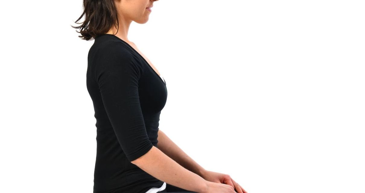 How to do vajrasana and its benefits top2homeremedies.com